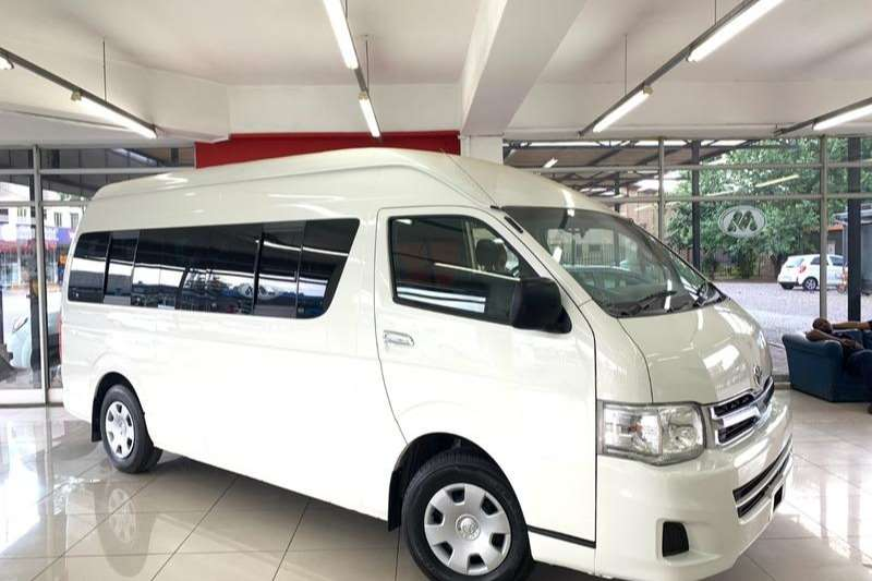 Toyota Quantum 2.7 GL 14 seater bus 2012