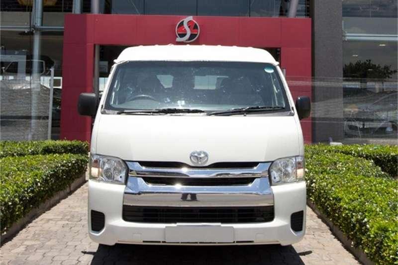 2015 Toyota Quantum 2.7 GL 10 seater bus