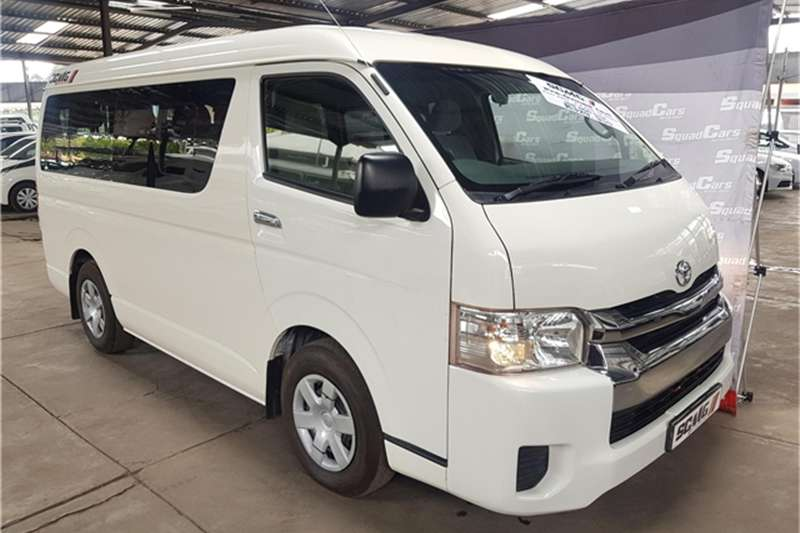 2017 Toyota Quantum 2.5D 4D GL 10 seater bus