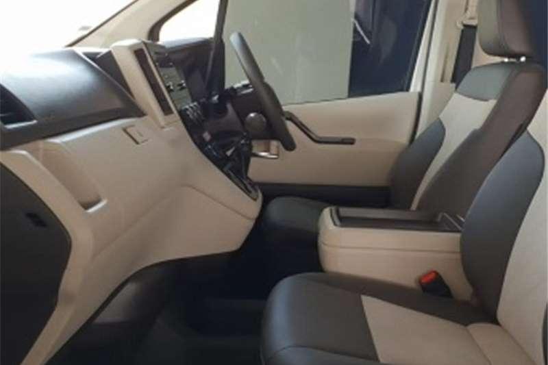 Toyota Quantum SLWB Bus QUANTUM 2.8 GL 14 SEAT 2019