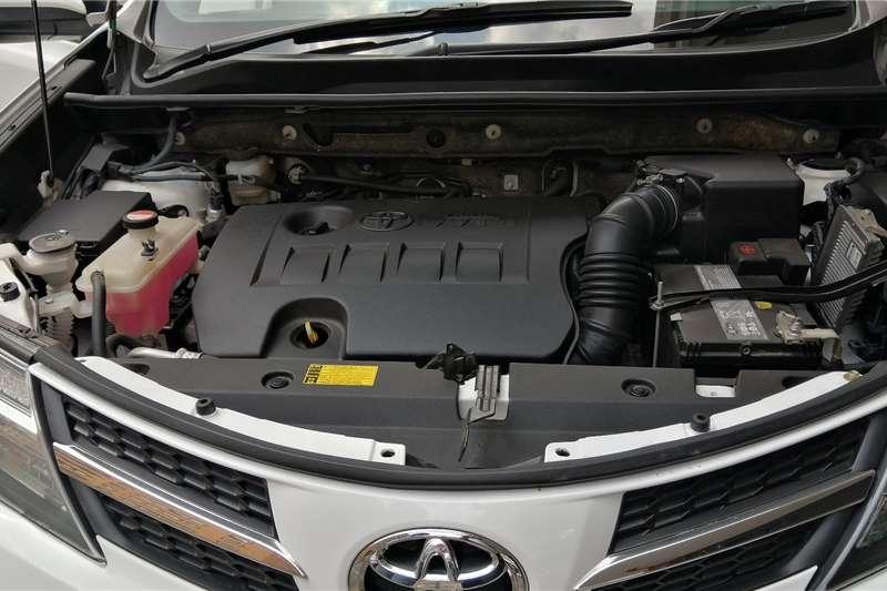 Toyota Rav4 2.0 2015
