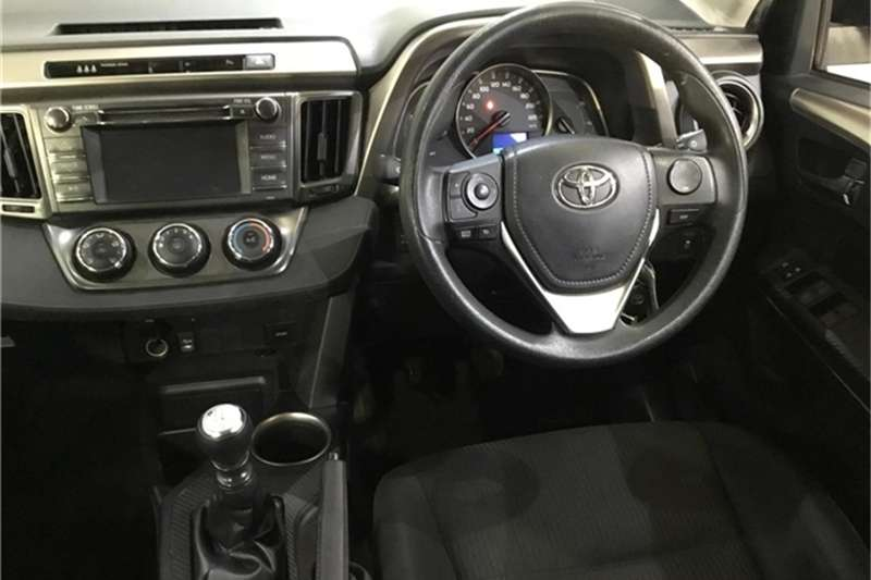 Toyota Rav4 2.2D-4D AWD GX 2014