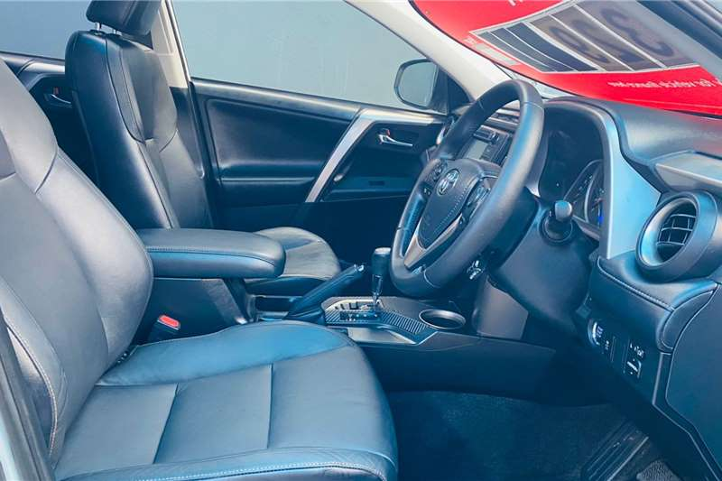 Toyota Rav4 2.2D 4D AWD VX 2015