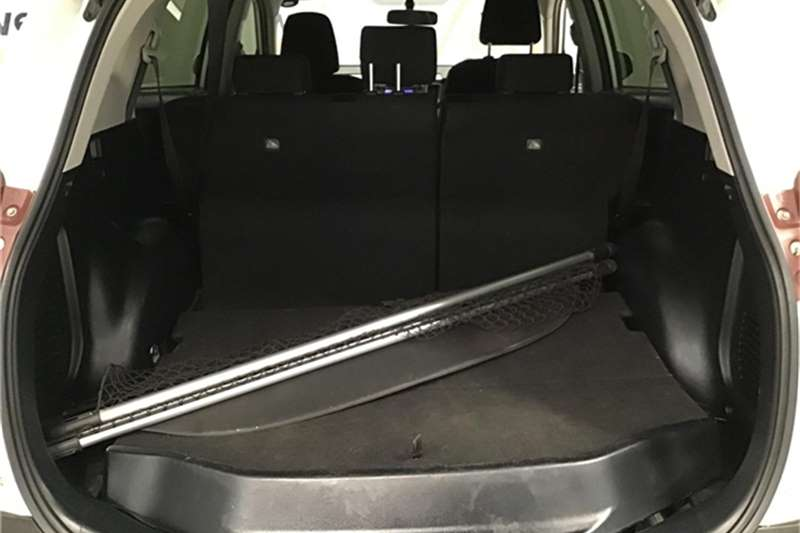 Toyota Rav4 2.2D-4D GX 2013