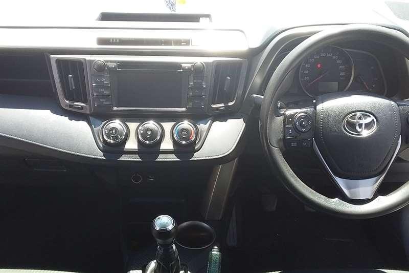 Toyota Rav4 2.2D GX 2014