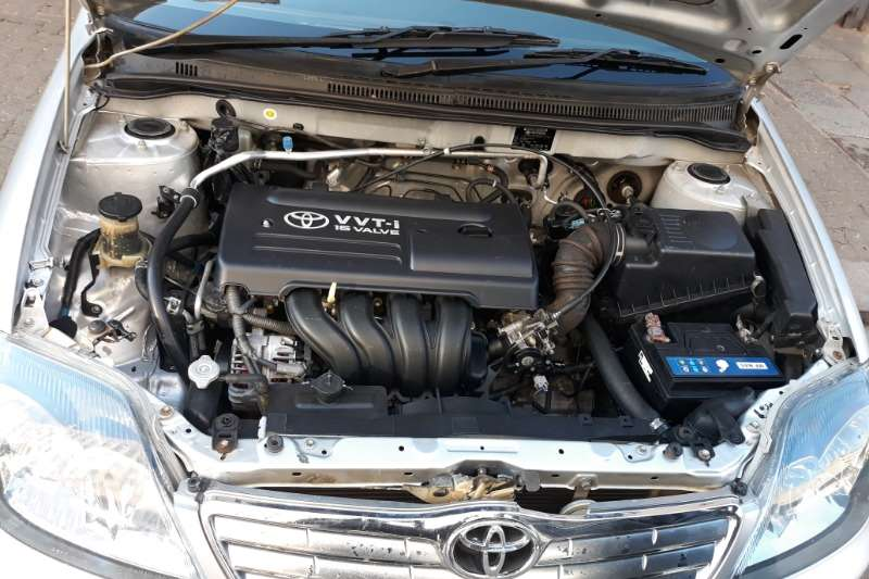 Toyota RunX 160 RS 2005