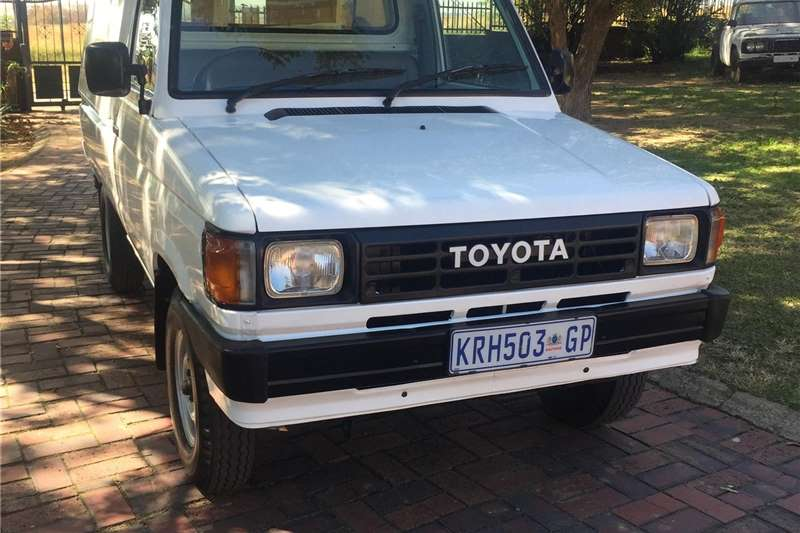 Toyota Stallion 2.0 panel van 1988