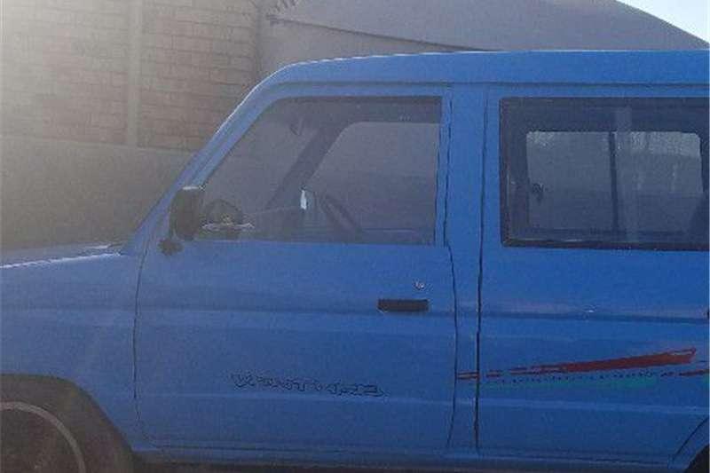Toyota Venture 1996