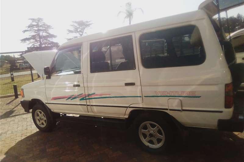 Toyota Venture 1998