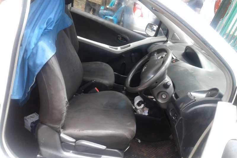 Toyota Yaris 1.0 3 door T1 2009