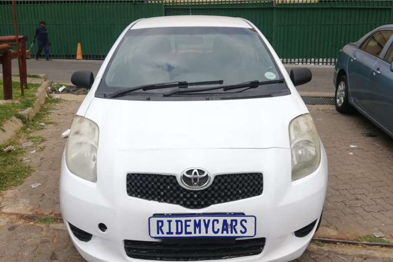 Toyota Yaris 1.0 3 door T1 2009