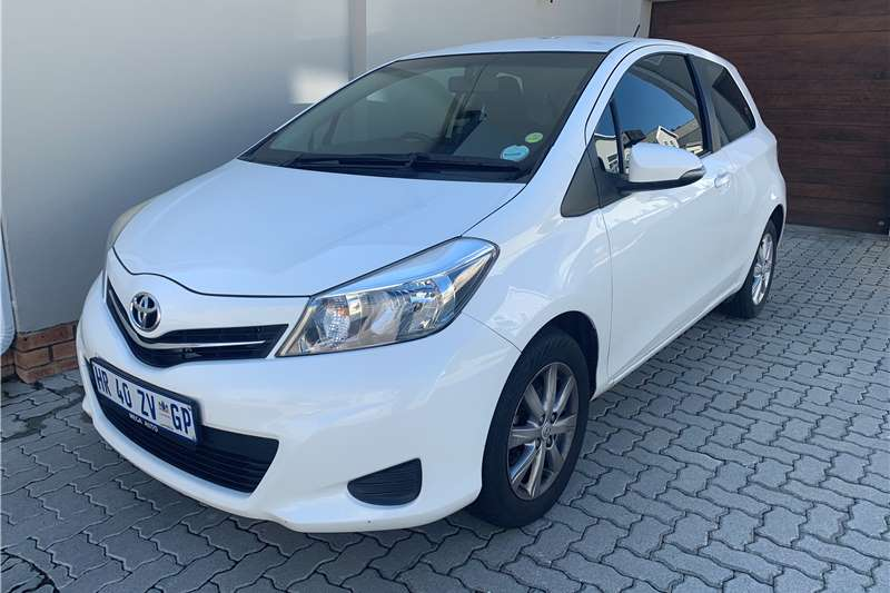 Toyota Yaris 1.0 3 door T1 2013