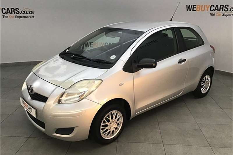 Toyota Yaris 1.0 3 door T1 (aircon+CD) 2009