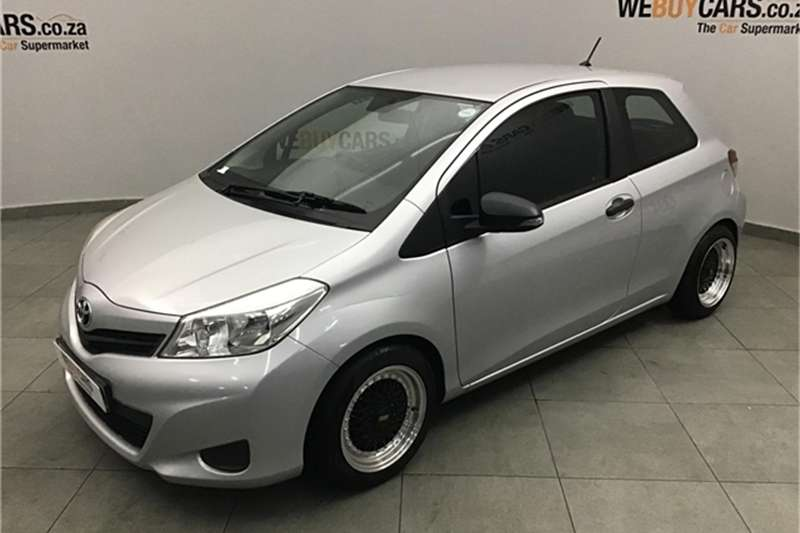 Toyota Yaris 1.0 3 door T1 (aircon+CD) 2013