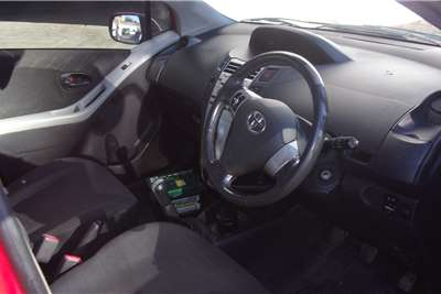 Toyota Yaris 1.0 5 door T1 2006