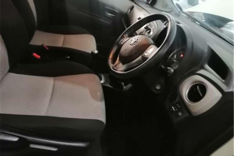 Toyota Yaris 1.0 5 door T1 2012