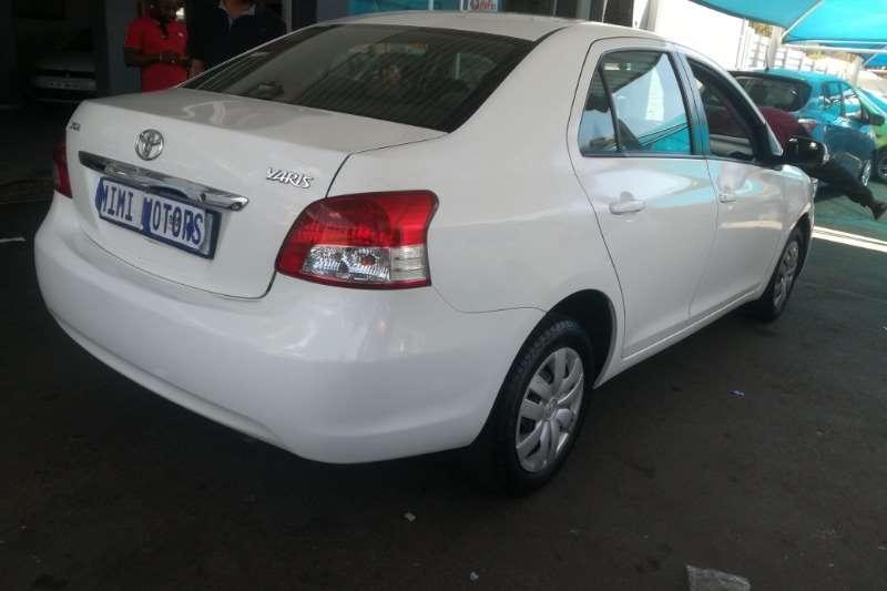 Toyota Yaris 1.0 5 door T1 (Sedan) 2009