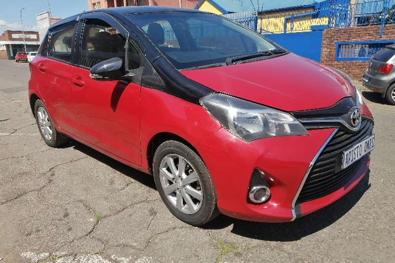 Toyota Yaris 1.0 Pulse 2016