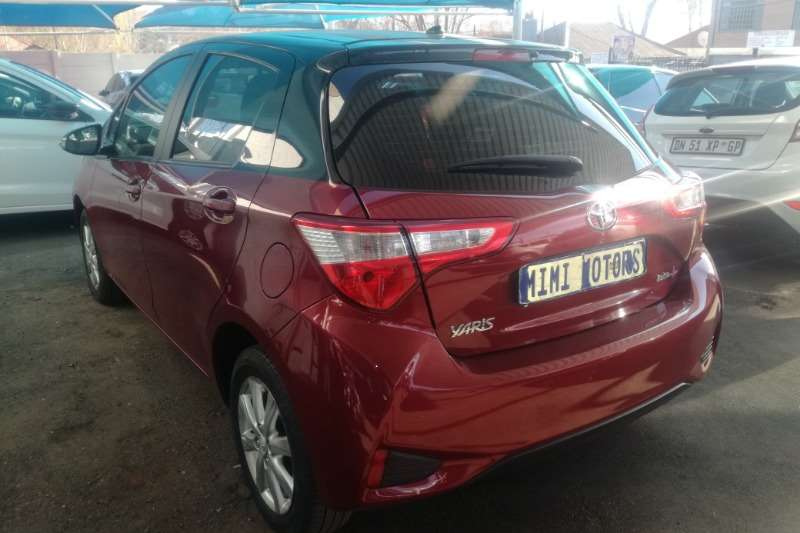 Toyota Yaris 1.0 Pulse 2017