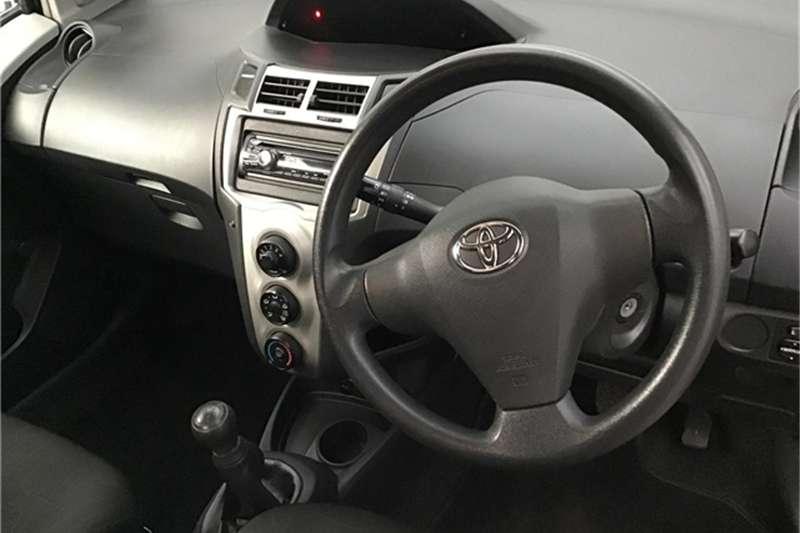 Toyota Yaris 1.0 T1 3-door 2009