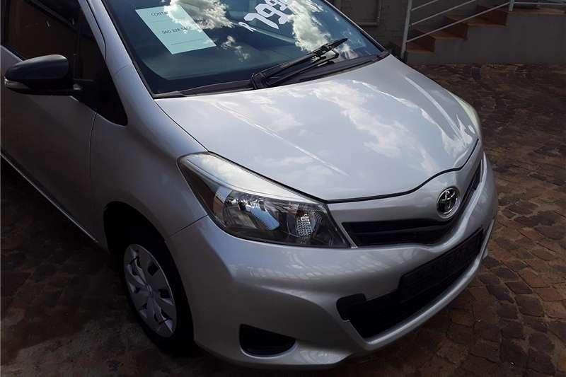 Toyota Yaris 1.0 T1 3 door 2012