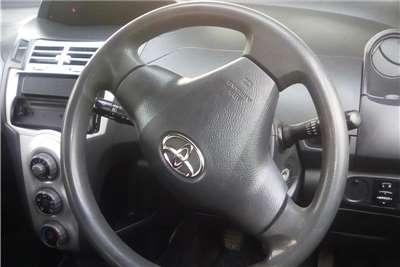 Toyota Yaris 1.0 T1 5 door 2005
