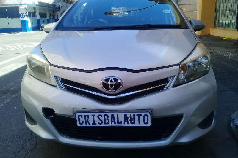 Toyota Yaris 1.0 T1 5 door 2012