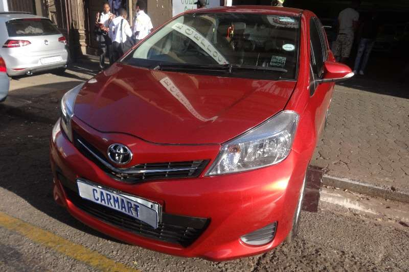 Toyota Yaris 1.3 2013