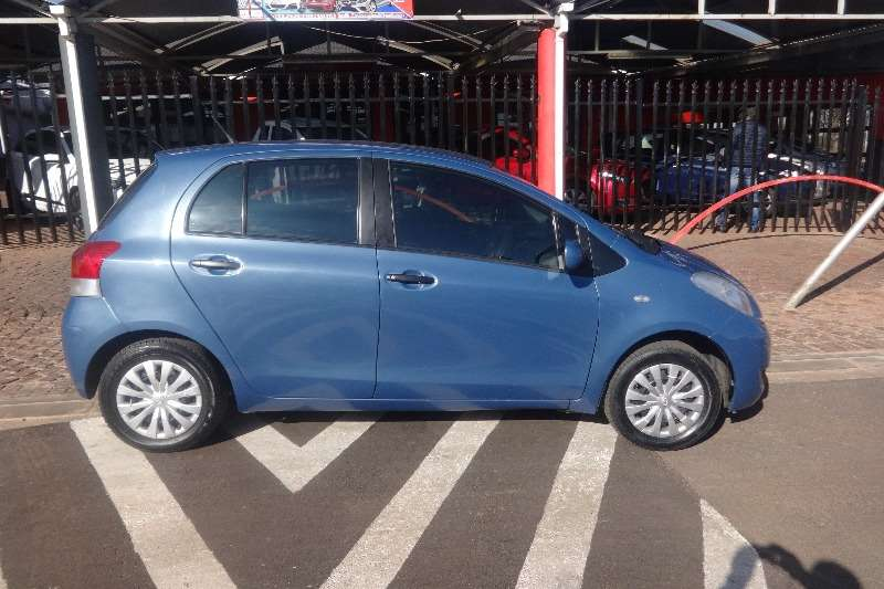 Toyota Yaris 1.3 5 door T3 2011
