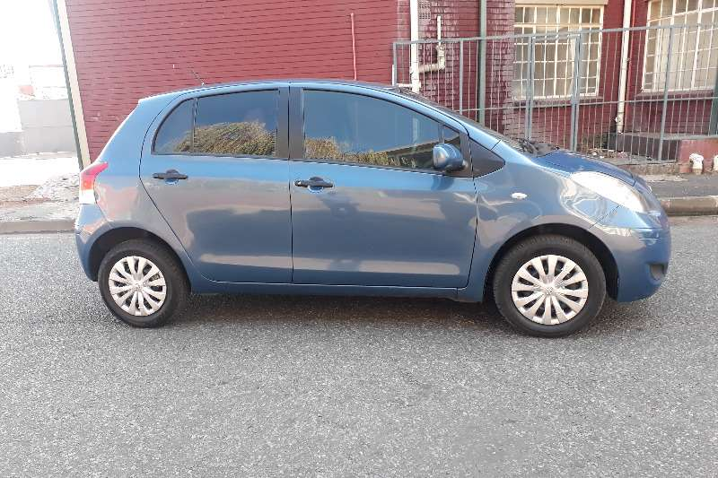 Toyota Yaris 1.3 5 door T3+ 2011