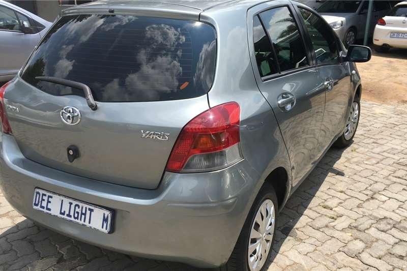 Toyota Yaris 1.3 5 door T3 2011