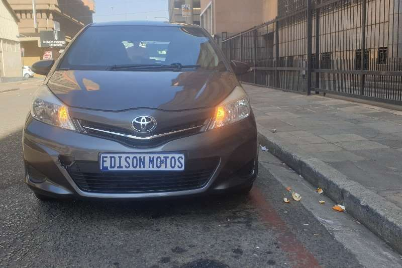 Toyota Yaris 1.3 5 door T3 2012