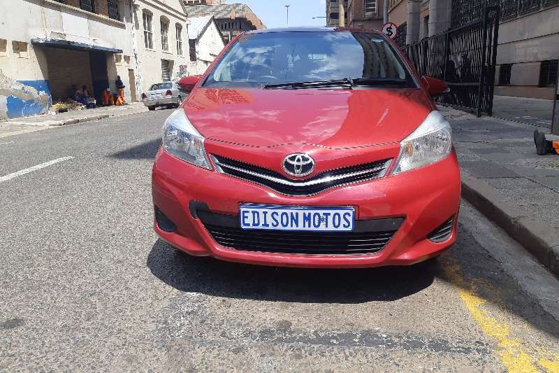 Toyota Yaris 1.3 5 door T3 2013