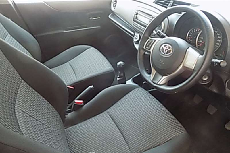Toyota Yaris 1.3 5 door T3 2014