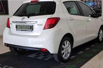 2015 Toyota Yaris Yaris 1.3 5-door T3