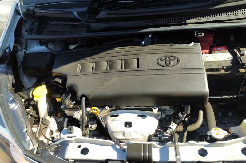 Toyota Yaris 1.3 5 door T3 2017