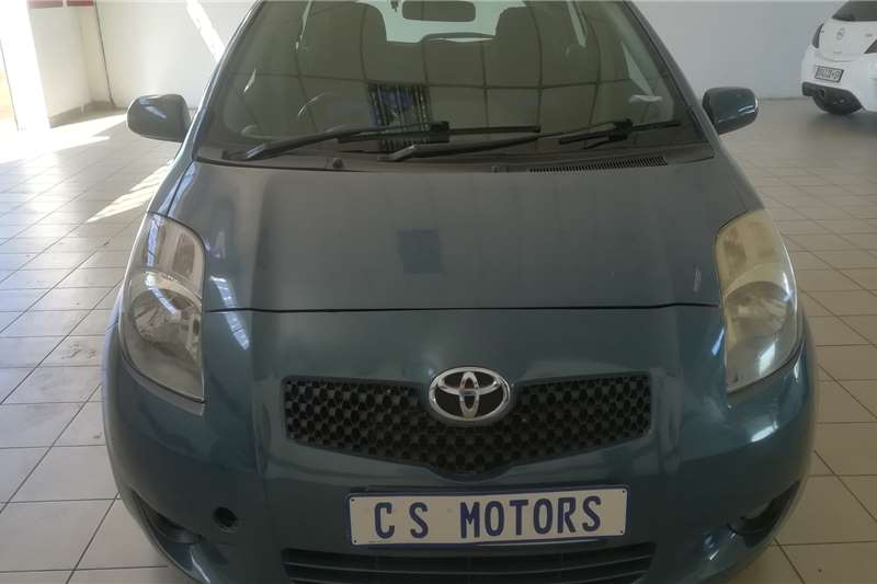 Toyota Yaris 1.3 5 door T3+ automatic 2005