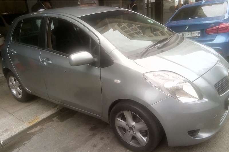 Toyota Yaris 1.3 5 door T3+ automatic 2007