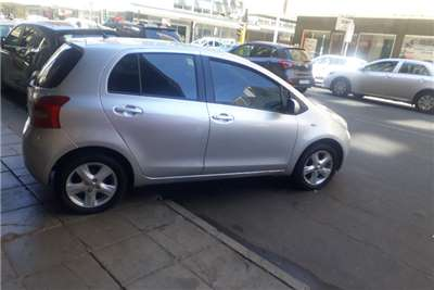Toyota Yaris 1.3 5 door T3+ automatic 2008