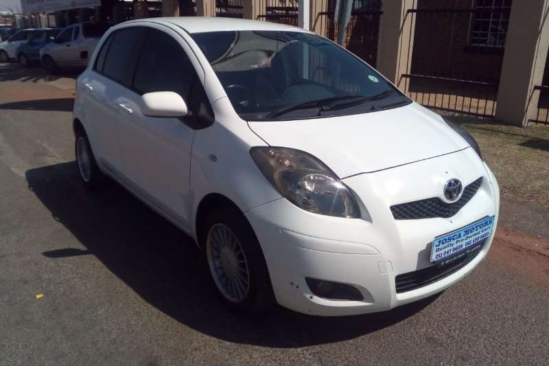 Toyota Yaris 1.3 5 door T3 Spirit 2010