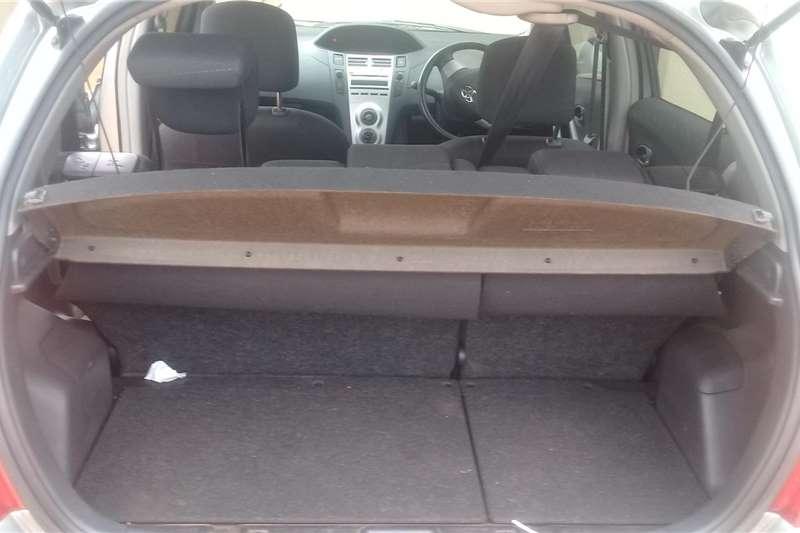 Toyota Yaris 1.3 5 door T3 Spirit 2012