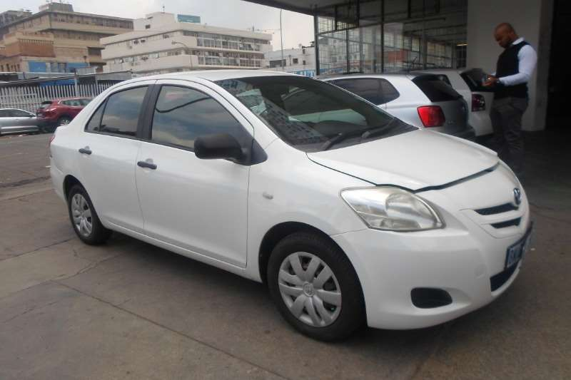 Toyota Yaris 1.3 sedan T3 2006