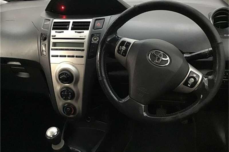 Toyota Yaris 1.3 T3+ 5-door 2009