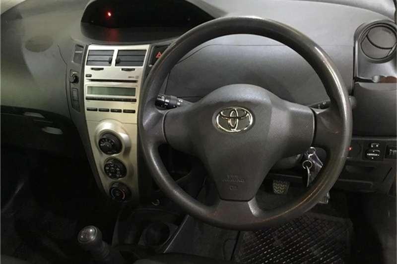 Toyota Yaris 1.3 T3 5-door 2009