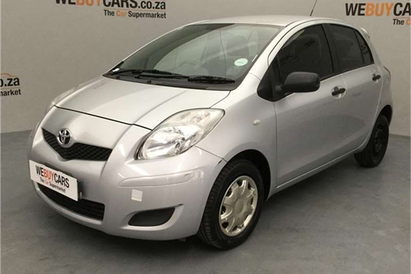 Toyota Yaris 1.3 T3 5 door 2010