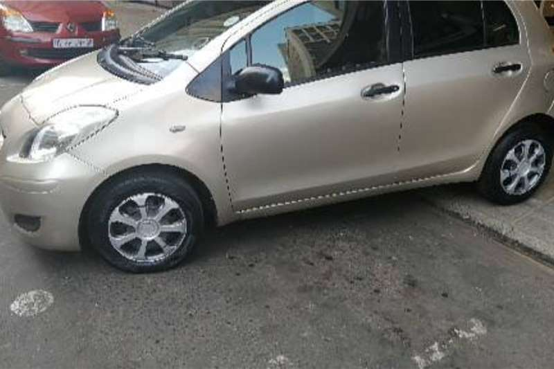 Toyota Yaris 1.3 T3 5 door 2010