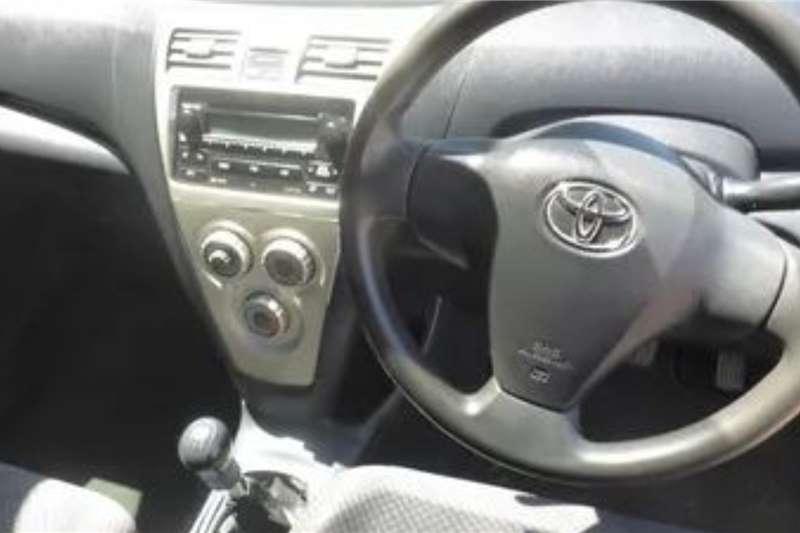 Toyota Yaris 1.3 T3+ 5 door 2011
