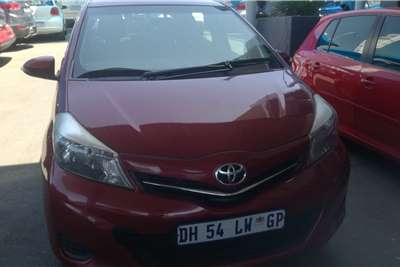 Toyota Yaris 1.3 T3 5 door 2013
