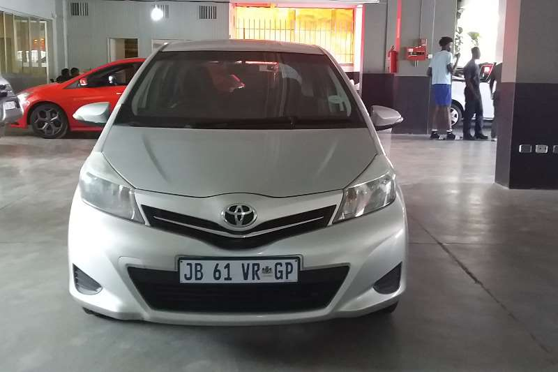 Toyota Yaris 1.3 T3+ 5 door 2014