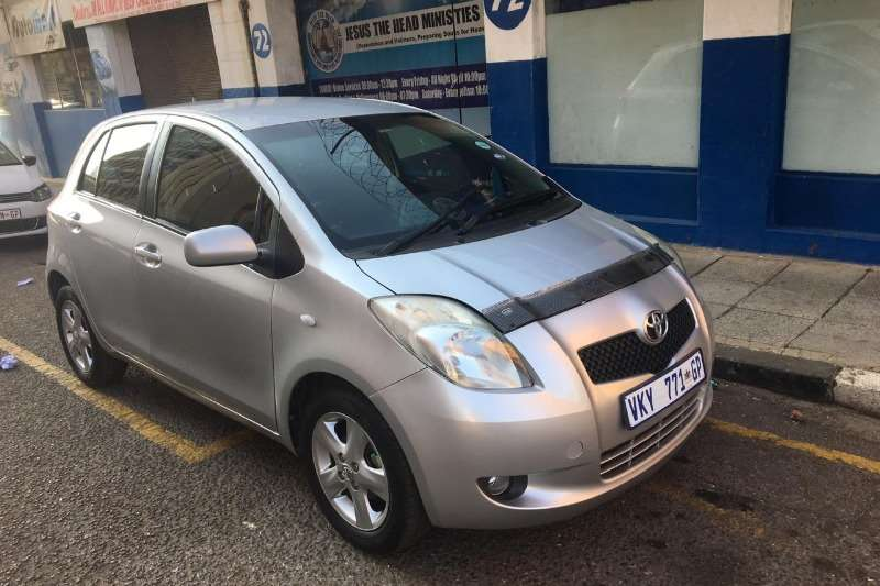 Toyota Yaris 1.3 T3+ 5 door automatic 2008